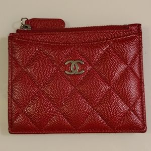 Chanel 17b red zippy card holder